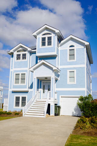 Single Family for Sale at 119 Peninsula Drive Manteo, North Carolina 27954 United States