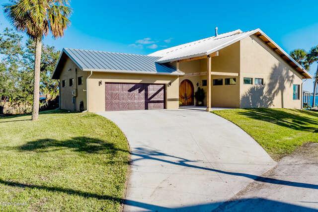 Single Family for Sale at 102 Mcdonald Street South Daytona, Florida 32119 United States