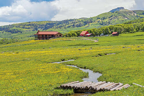 Single Family for Sale at 7195 County Road 82 Slater, Colorado 81653 United States