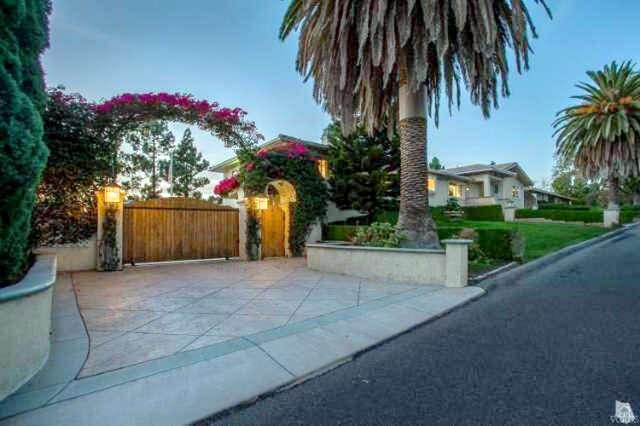 Single Family for Sale at 669 Calle Sequoia Thousand Oaks, California 91360 United States
