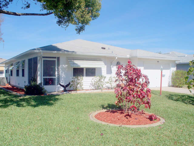 Featured Property in LEESBURG, FL, 34748