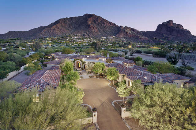 Single Family for Sale at 5625 E Nauni Valley Drive Paradise Valley, Arizona 85253 United States