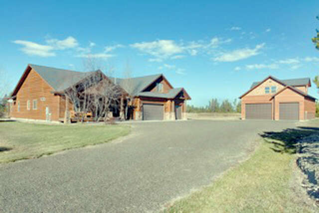 Single Family for Sale at 13267 Brookie Rd Donnelly, Idaho 83615 United States