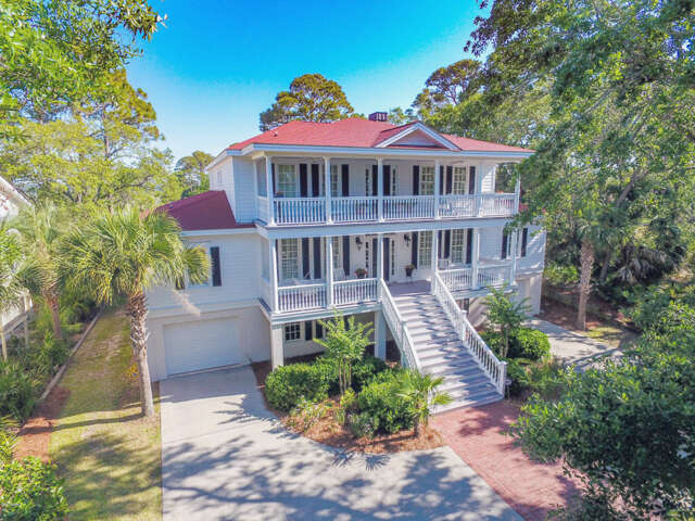 Single Family for Sale at 4 Spy Glass Lane Fripp Island, South Carolina 29920 United States