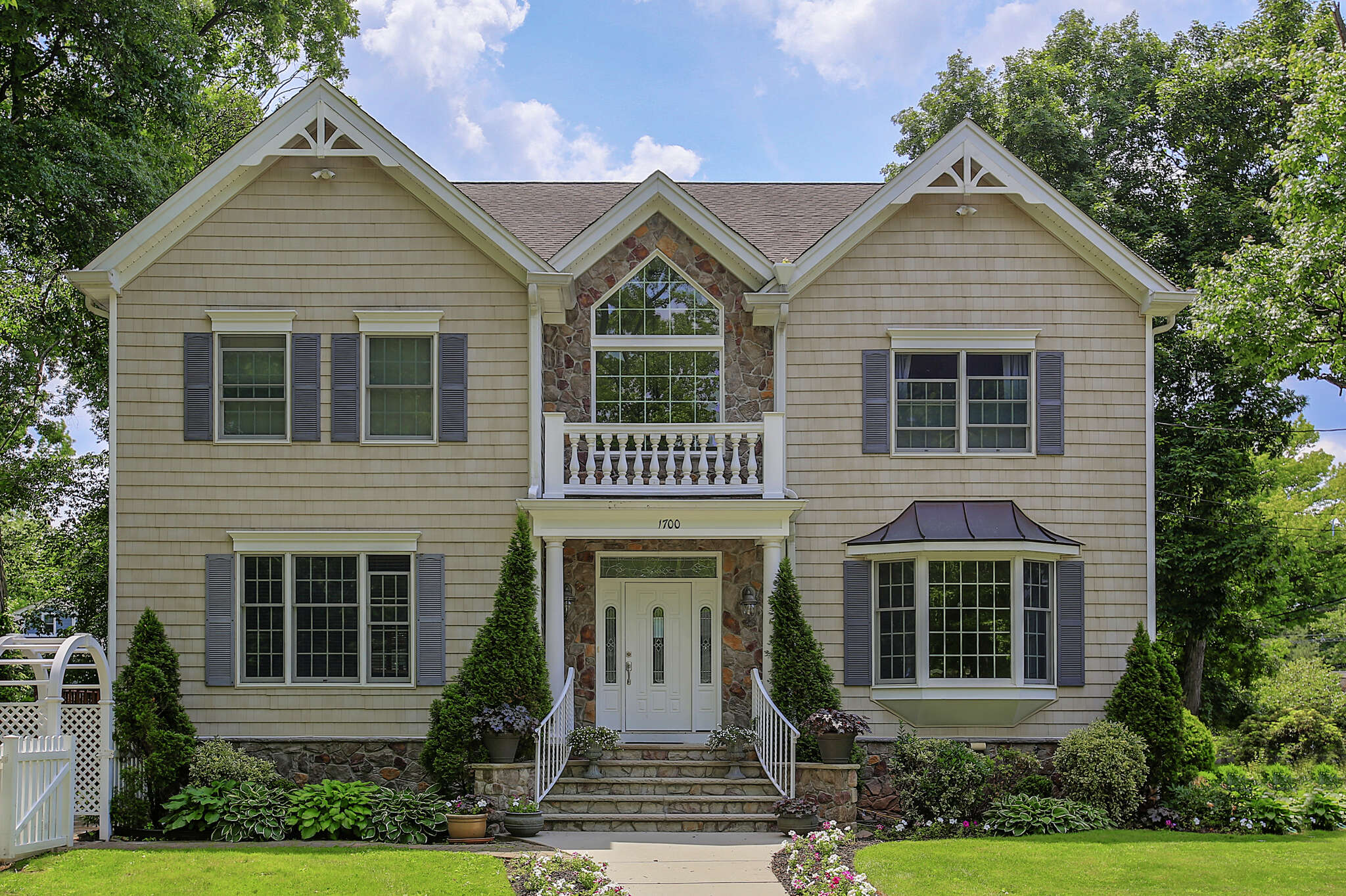 Single Family for Sale at 1700 Boulevard Westfield, New Jersey 07090 United States