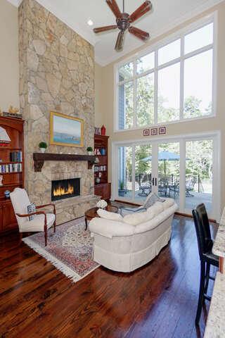 Single Family for Sale at 126 Tuskarora Point Lane Mooresville, North Carolina 28117 United States