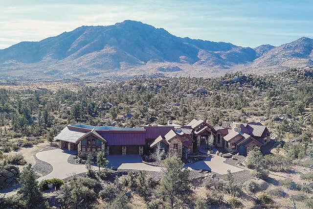 Single Family for Sale at 4665 W Phantom Hill Rd Prescott, Arizona 86305 United States