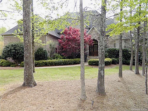 Single Family for Sale at 6076 Foggy Glen Place Matthews, North Carolina 28104 United States