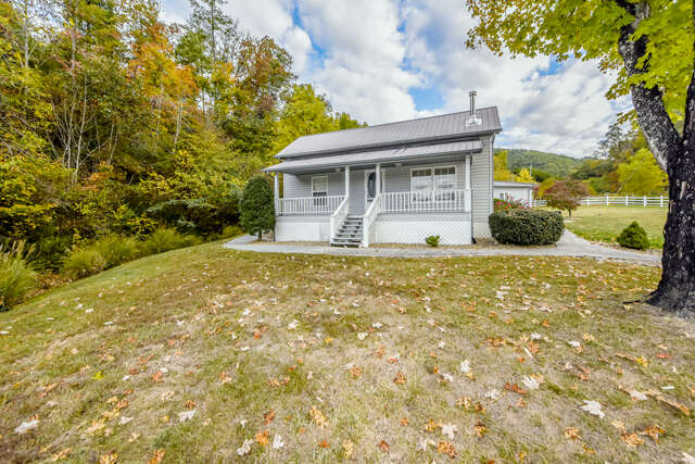 Single Family for Sale at 634 Old Cedar Creek Road Townsend, Tennessee 37882 United States