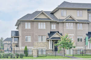 Featured Property in Ottawa, ON K1V 2M4