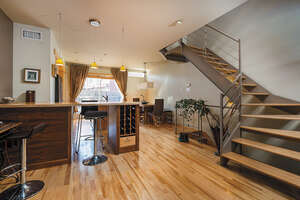 Featured Property in Montreal, QC H2Y 4B3