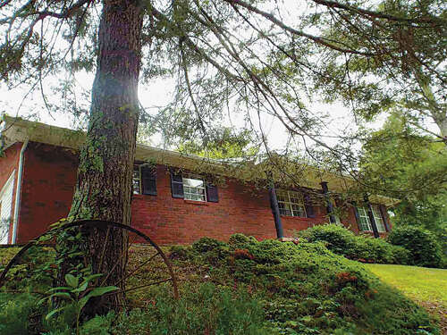 Real Estate for Sale, ListingId:45170607, location: 12452 CHAPMAN HIGHWAY Seymour 37865