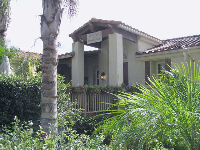 Single Family for Sale at 984 Monte Vista Dr Santa Paula, California 93060 United States