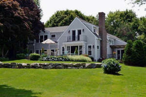 Featured Property in Barnstable, MA 02630