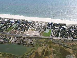 Featured Property in Quogue, NY 11959
