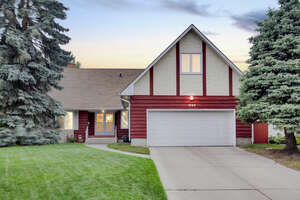 Featured Property in Calgary, AB T2N 4G3