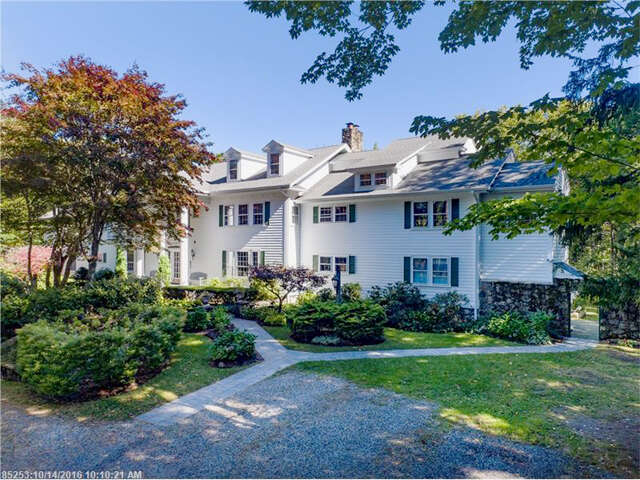 Condominium for Sale at 42 South Main St 4 Kennebunkport, Maine 04046 United States