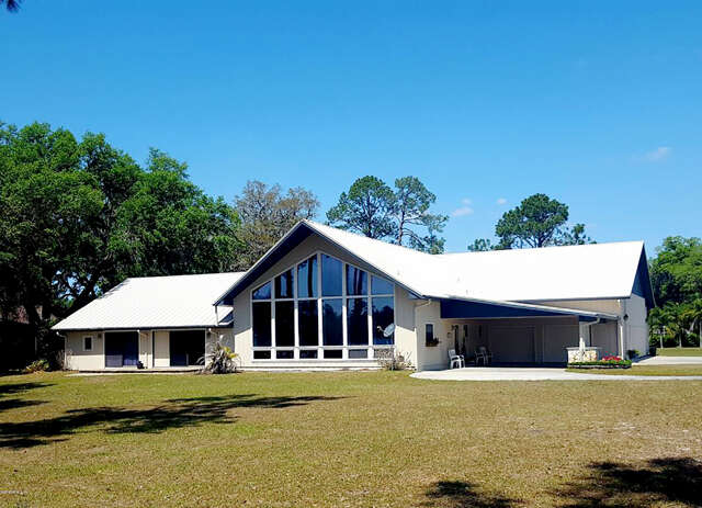 Single Family for Sale at 107 Eagles Nest Dr Crescent City, Florida 32112 United States