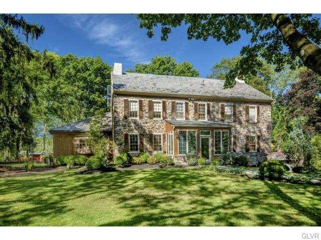 Single Family for Sale at 5365 Harrow Road Springfield, Pennsylvania 19064 United States
