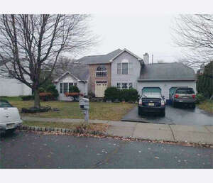 Featured Property in Wayne, NJ 07470
