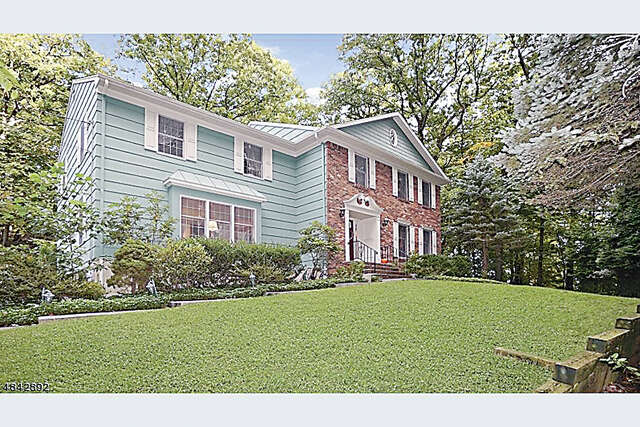 Single Family for Sale at 109 Glenside Ave Scotch Plains, New Jersey 07076 United States