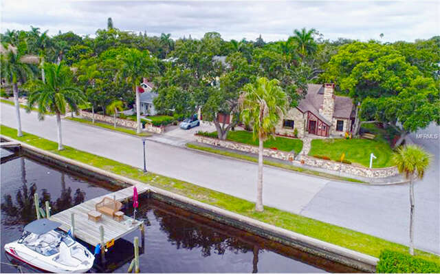 Single Family for Sale at 1933 Riverview Boulevard Bradenton, Florida 34205 United States