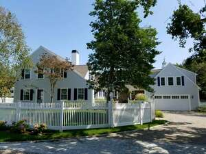 Real Estate for Sale, ListingId: 49493621, Hyannis Pt, MA  02647