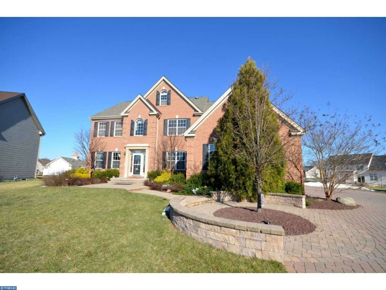 Single Family for Sale at 3 Van Gogh Court Monmouth Junction, New Jersey 08852 United States