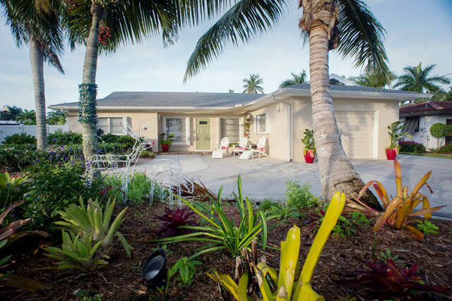Single Family for Sale at 121 Estrellita Dr. Fort Myers Beach, Florida 33931 United States