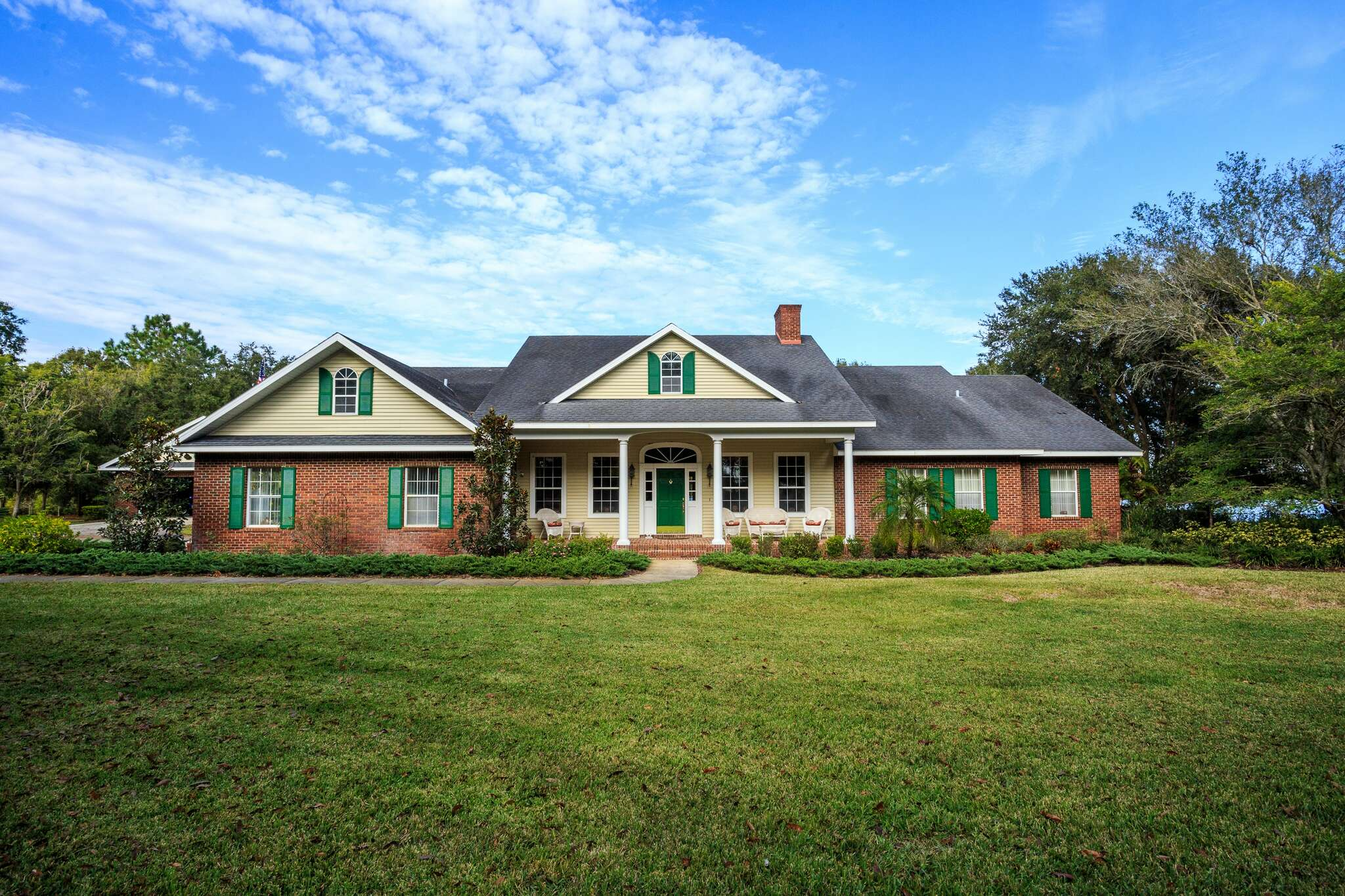Single Family for Sale at 2300 Grove Lake Dr Lake Alfred, Florida 33850 United States