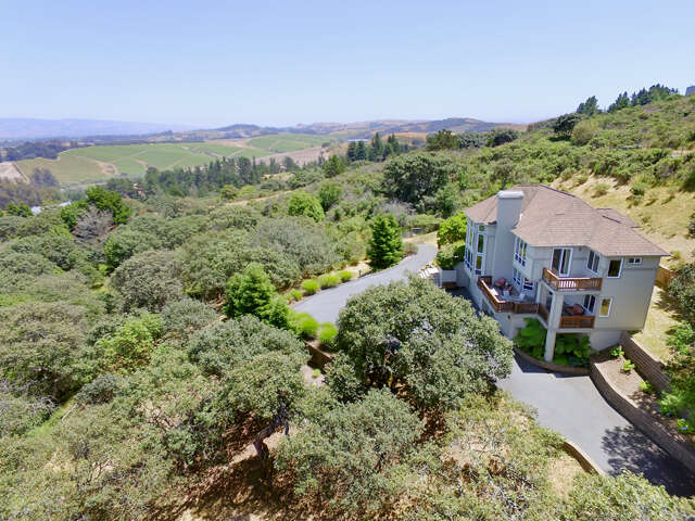 Single Family for Sale at 6600 Ridgeview Lane Sebastopol, California 95472 United States