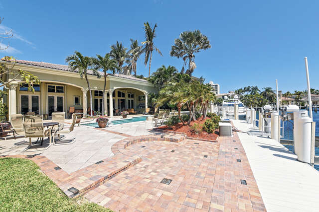 Single Family for Sale at 1012 Grand Court Highland Beach, Florida 33487 United States