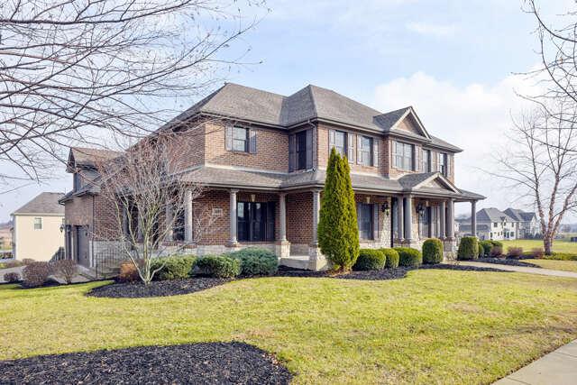 Single Family for Sale at 3694 Broadleaf Avenue Elgin, Illinois 60124 United States