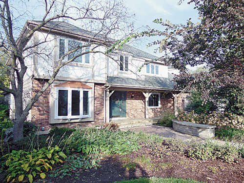 Single Family for Sale at 8248 Cambridge Downers Grove, Illinois 60516 United States