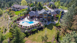 Single Family Home for Sale, ListingId:39408426, location: 4150 Seddon Rd Kelowna V1W 4C9