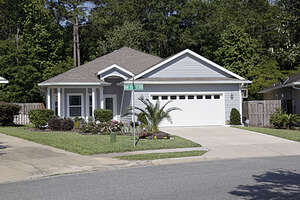 Single Family Home for Sale, ListingId:38785008, location: 4975 NW 20Th Terrace Gainesville 32605