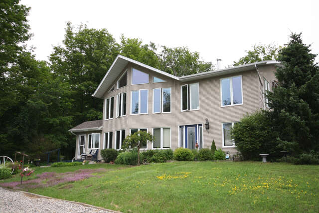 Real Estate for Sale, ListingId:46667307, location: 231 Black Rapids Rd Gananoque