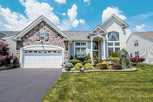 Single Family for Sale at 5 Hardwick Ct. Jackson, New Jersey 08527 United States