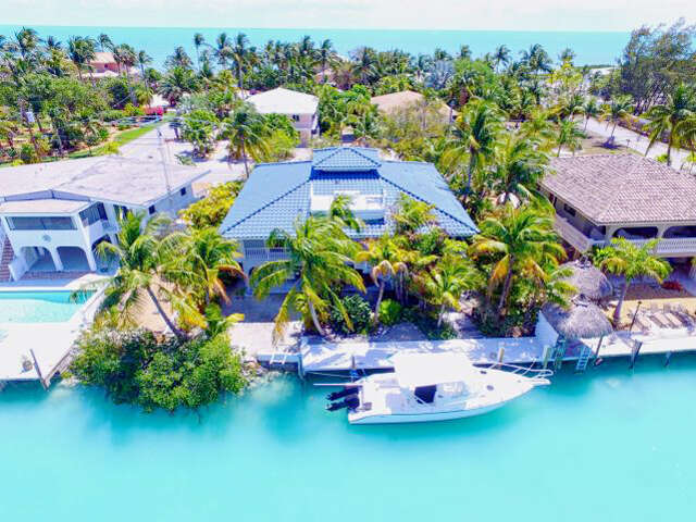 Single Family for Sale at 320 E. Seaview Drive Duck Key, Florida 33050 United States