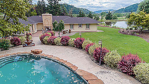 Single Family for Sale at 189 Rogers (& 191) Rd Roseburg, Oregon 97471 United States
