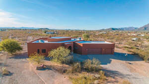 Featured Property in Tucson, AZ 85757