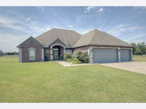 Featured Property in Oologah, OK 74053