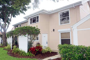 Featured Property in Naples, FL 34109