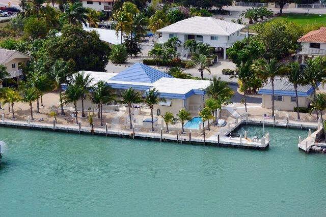 Single Family for Sale at 806 Corte Del Sol Marathon, Florida 33050 United States
