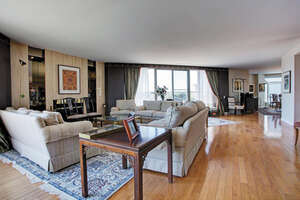 Featured Property in Montreal, QC H3S 2W3