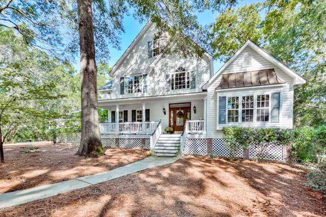 Single Family for Sale at 90 Marsh Drive Beaufort, South Carolina 29907 United States