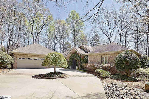 Single Family for Sale at 200 Knightsridge Rd Travelers Rest, South Carolina 29690 United States