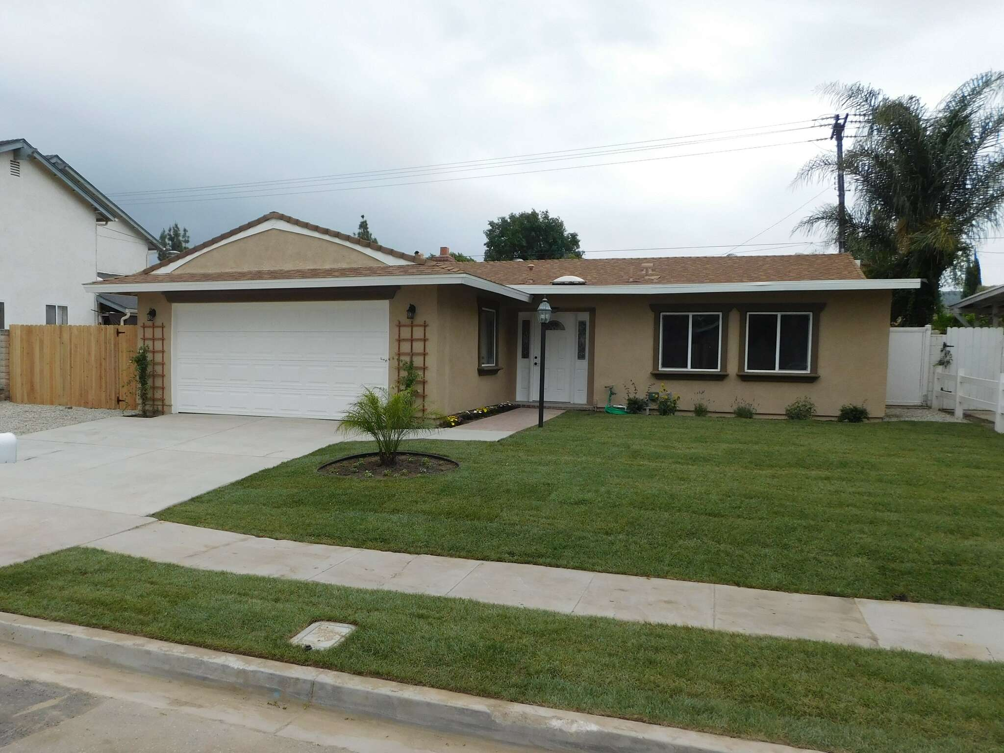 Single Family for Sale at 2306 Morley St Simi Valley, California 93065 United States