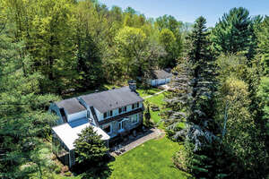Featured Property in St Sauveur, QC J0R 1R5