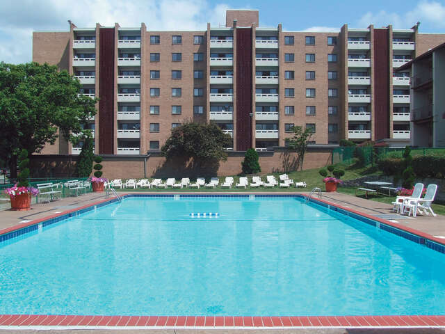 Apartments for Rent, ListingId:80823, location: 300 Chatham Park Drive Pittsburgh 15220